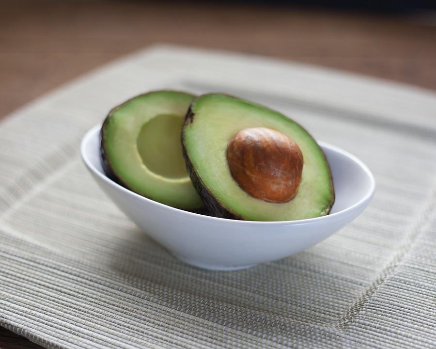 Tooth-Friendly Recipe 5: Avocado Yogurt Dip