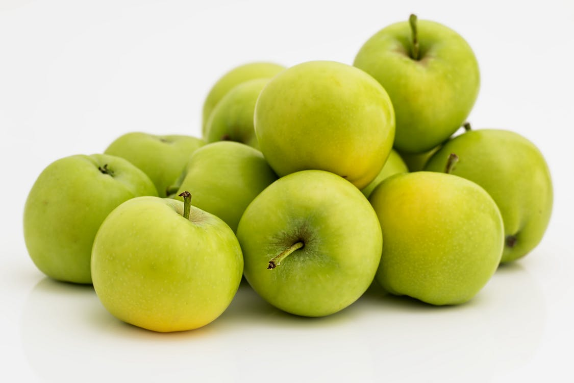 Tooth-Friendly Recipe 8: Apple-Raisin Salad